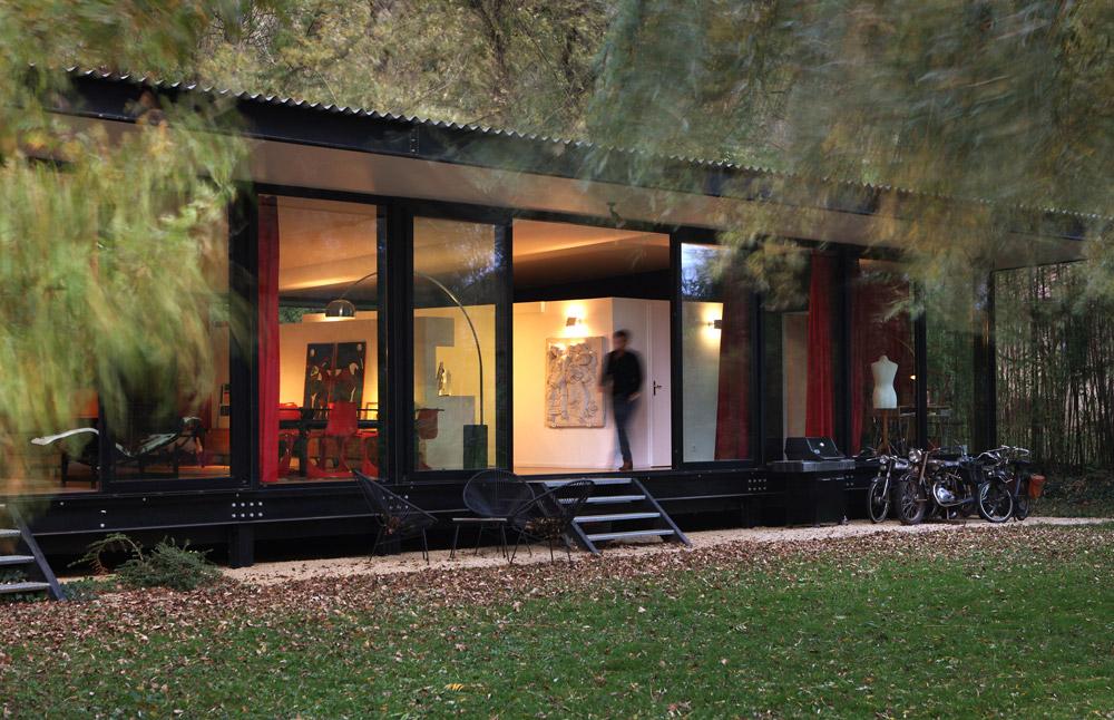 Barres coquet maison verre transparente ossature for Extension maison verre