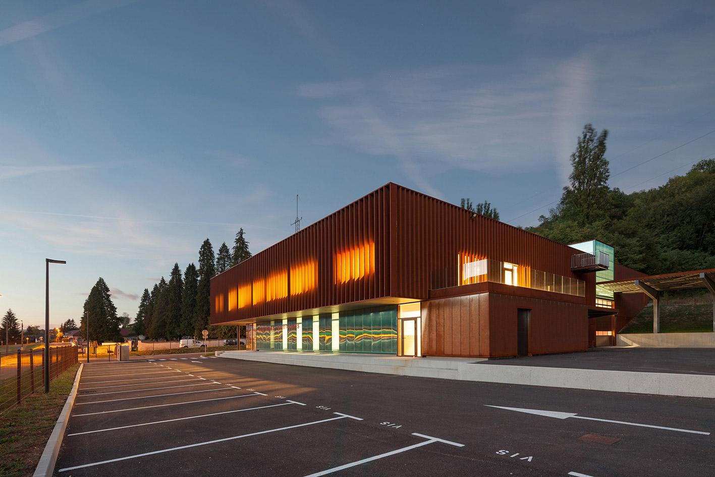 jerome-ricolleau-photographe-architecture-lyon-Composite-grenoble-sdis-caserne-pompiers-seyssel-12