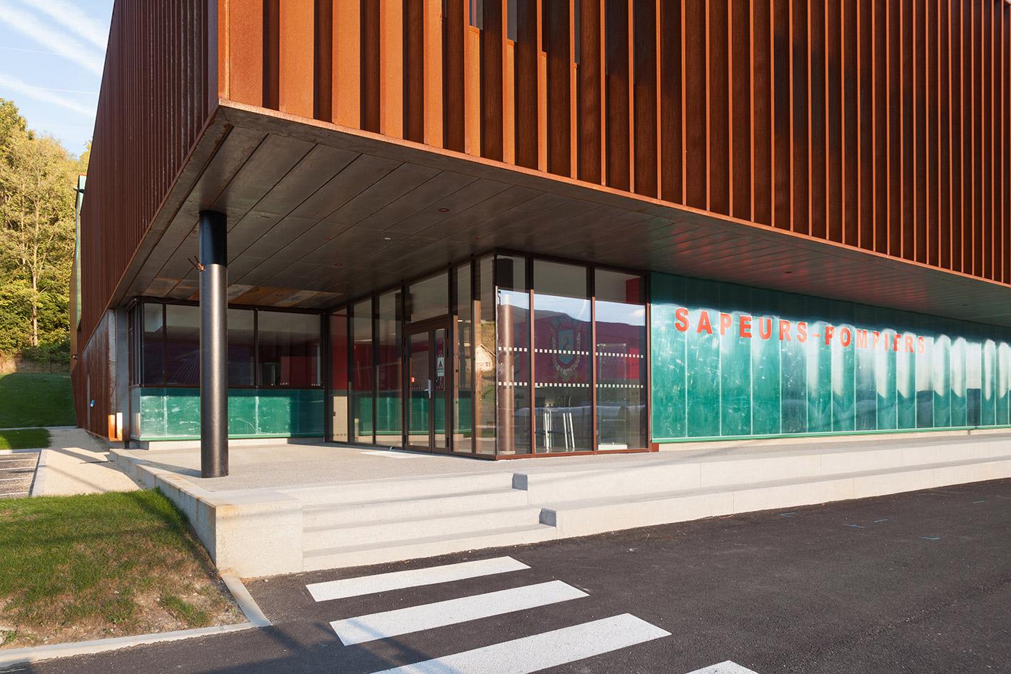 jerome-ricolleau-photographe-architecture-lyon-Composite-grenoble-sdis-caserne-pompiers-seyssel-6