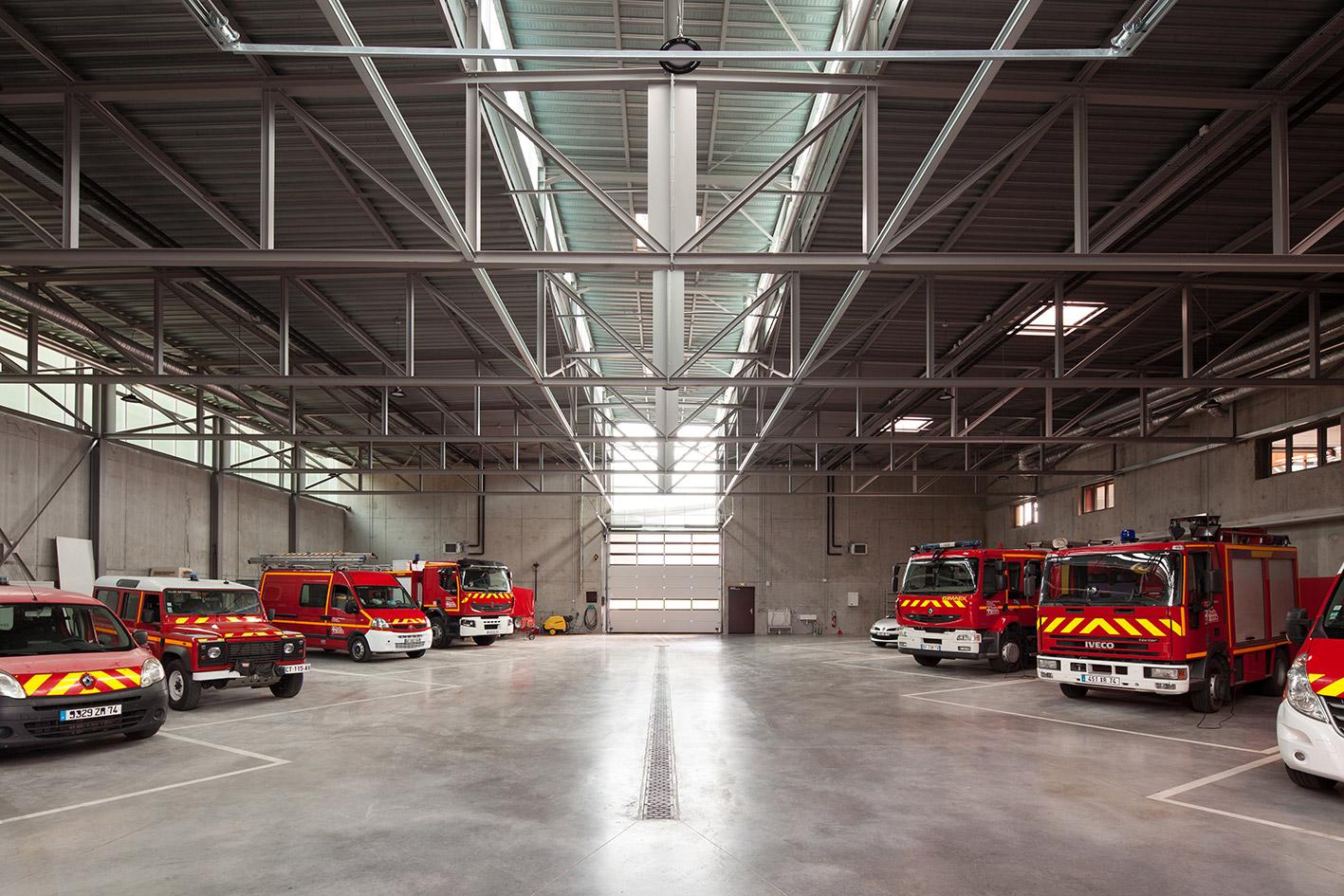 jerome-ricolleau-photographe-architecture-lyon-Composite-grenoble-sdis-caserne-pompiers-seyssel-7