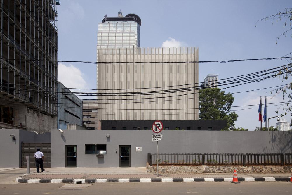 jerome-ricolleau-photographe-architecture-lyon-ambassade-france-jakarta-indonesie-segond-guyon-2