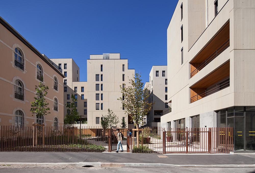 jerome-ricolleau-photographe-architecture-lyon-atelier-dalmas-confluence-ilot-dugas-montbel-yves-moutton-1