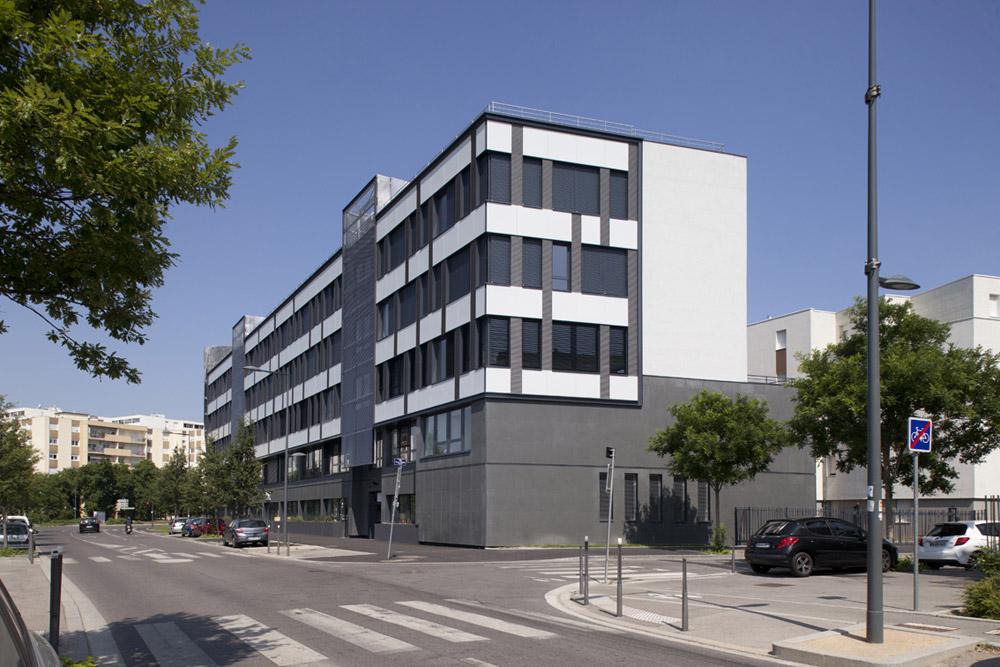 jerome-ricolleau-photographe-architecture-lyon-bureaux-stargate-vaulx-en-velin-soho-1