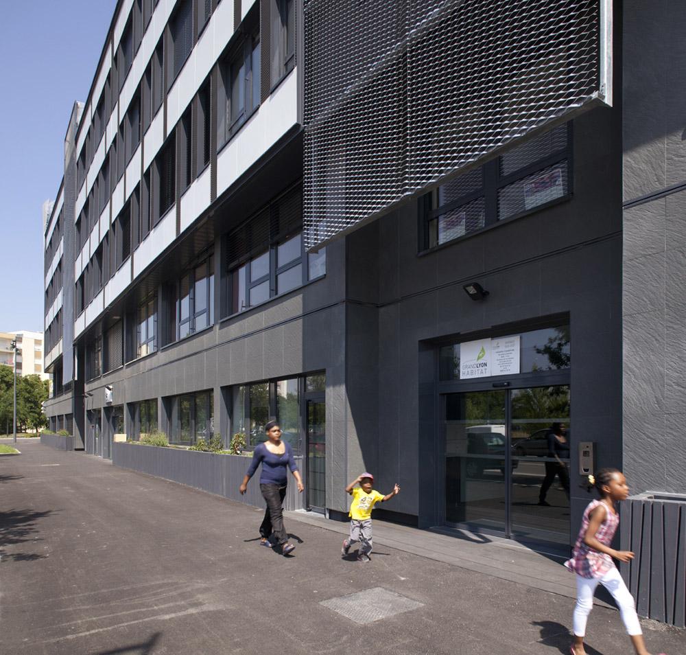 jerome-ricolleau-photographe-architecture-lyon-bureaux-stargate-vaulx-en-velin-soho-2