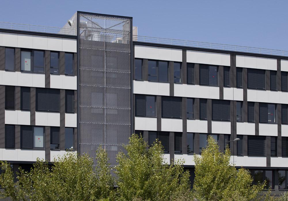 jerome-ricolleau-photographe-architecture-lyon-bureaux-stargate-vaulx-en-velin-soho-4
