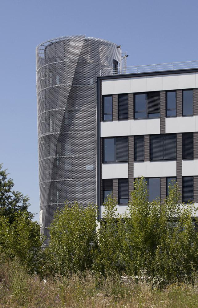 jerome-ricolleau-photographe-architecture-lyon-bureaux-stargate-vaulx-en-velin-soho-5