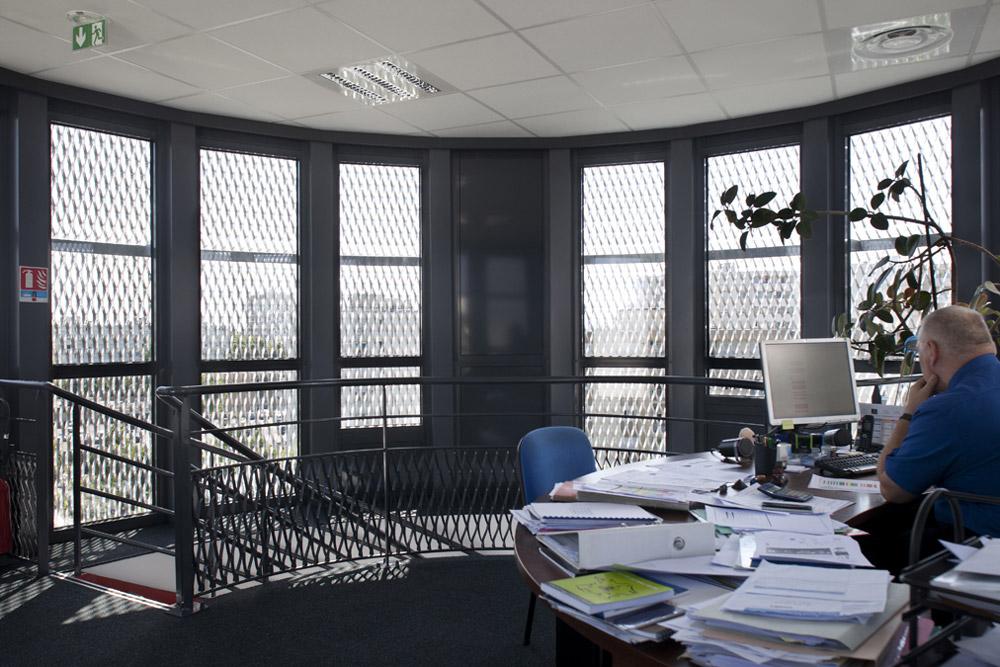 jerome-ricolleau-photographe-architecture-lyon-bureaux-stargate-vaulx-en-velin-soho-6
