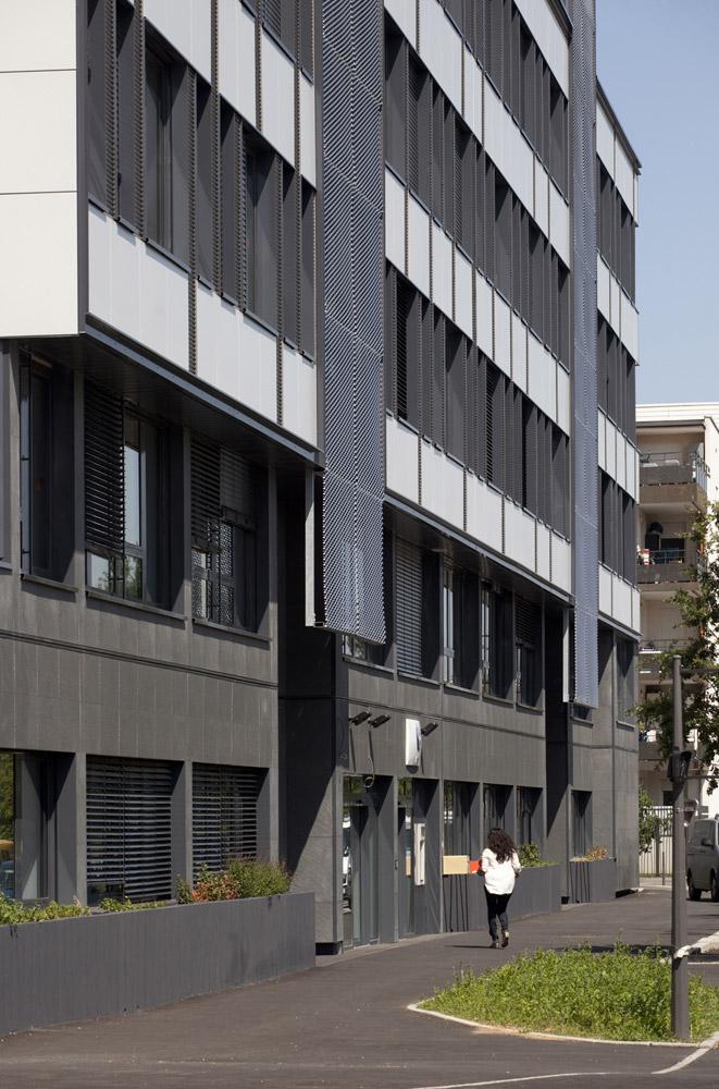 jerome-ricolleau-photographe-architecture-lyon-bureaux-stargate-vaulx-en-velin-soho-8