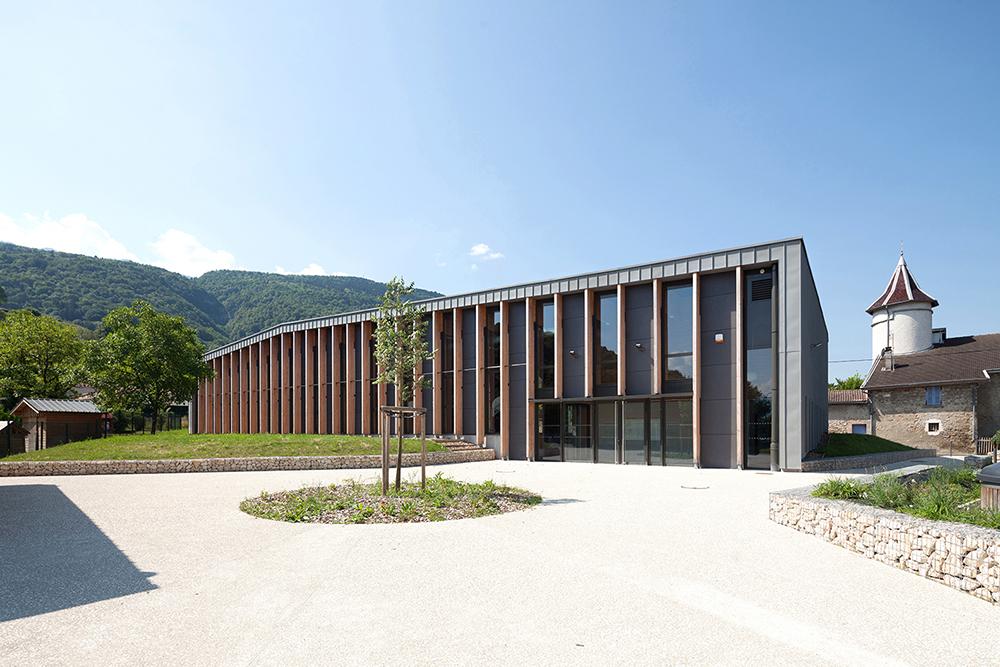 jerome-ricolleau-photographe-architecture-lyon-composite-grenoble-gymnase-st-quentin-sur-isere-1