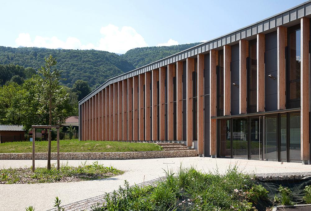 jerome-ricolleau-photographe-architecture-lyon-composite-grenoble-gymnase-st-quentin-sur-isere-2