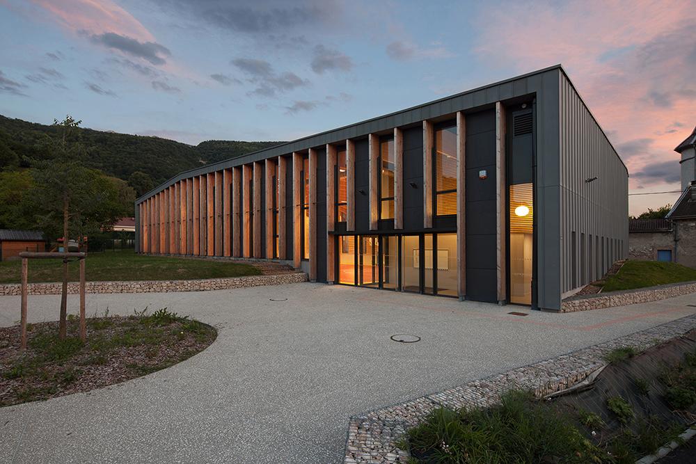 jerome-ricolleau-photographe-architecture-lyon-composite-grenoble-gymnase-st-quentin-sur-isere-9