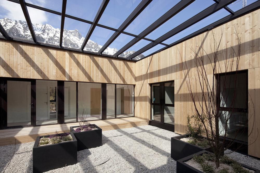 jerome-ricolleau-photographe-architecture-lyon-studio-gardoni-sdis-caserne-chamonix-mont-blanc-10